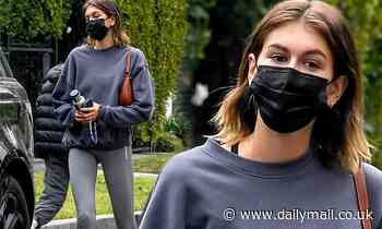 Kaia Gerber shows off her naturally long and slender figure in leggings for Pilates class