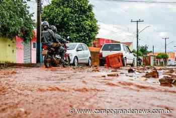 Após chuva, resta lamaçal em ruas para moradores do Bairro Nova Lima - Campo Grande News