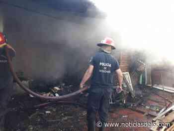 Incendio destruyó un quincho del barrio Las Dolores - Noticiasdel6.com