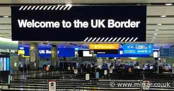 Johnson must introduce 'effective' border testing and quarantine, Labour demand