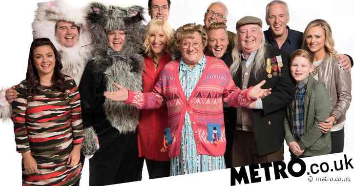 Mrs Brown's Boys star Brendan O'Carroll used own savings to pay cast members after the show's tour was axed