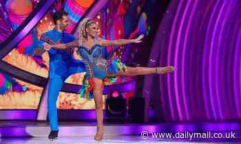Dancing On Ice 2021: Billie Faiers panics about her debut skate... but impresses the judges