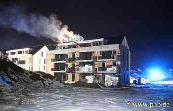 Dachstuhl eines Rohbaus brennt ab - Hoher Schaden - Neustadt an der Donau - Passauer Neue Presse