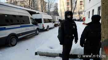 Russischer Polizist entlassen: Solidarität mit Nawalny kostet den Job