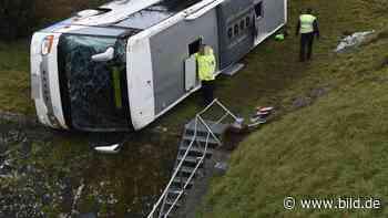 Berka: Haltestelle nach Unfall mit Schulbus in Berka verlegt - BILD