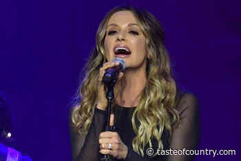 Carly Pearce Delivers Anthem Before NFC Championship Game [Watch]