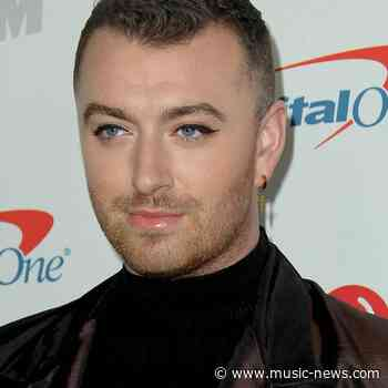 Sam Smith signs up to Tinder - report