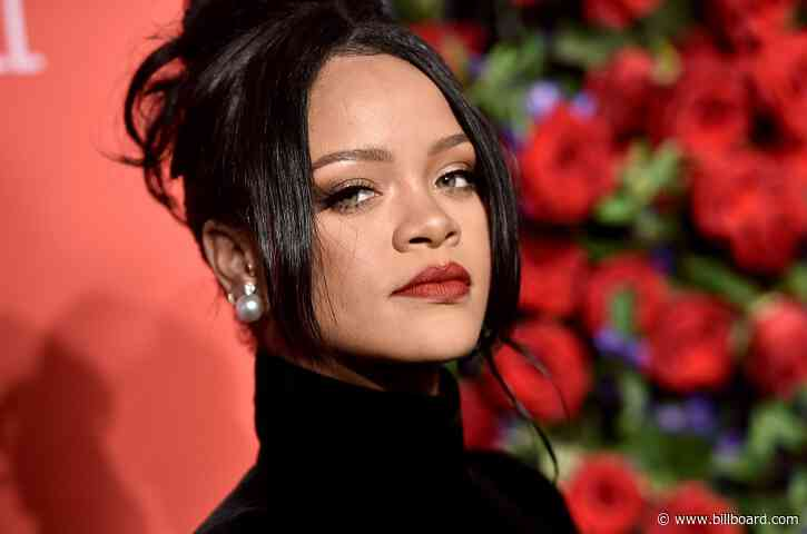 Raise a Glass to Rihanna's Cheeky Valentine's Day Countdown