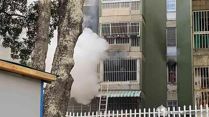 [VIDEO] Se registró un incendio en edificio de El Cafetal