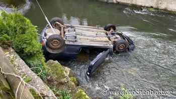 Auto stürzt etwa drei Meter tief in die Schwarzach – Polizisten retten Fahrerin (74) - Wochenblatt.de
