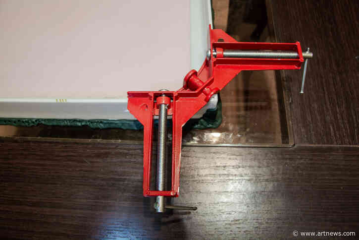 Build Frames with the Best Corner Clamps for Canvases andPanels