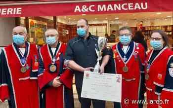 À Jargeau, Anthony Manceau a reçu la médaille de bronze pour son andouille de campagne cuite - La République du Centre