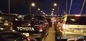 Gridlock Along Owerri-Umuahia Road, Amachara As Sen Kalu, Commuters Stuck In Traffic — AbaCityBlog - Abacityblog