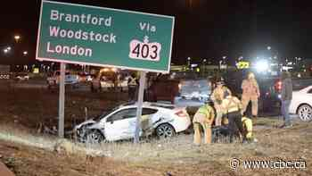 2 dead and more injured in morning crash on the QEW at Burlington, police say