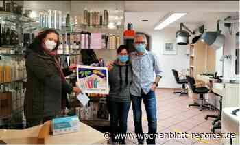 Queidersbach Tafelspende: Ehepaar Simonis aus Queidersbach unterstützt die Tafel Landstuhl mit einer wertvollen Postkarte. - Landstuhl - Wochenblatt-Reporter
