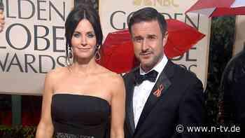 Für Scheidung von Courteney Cox: David Arquette entschuldigt sich bei Tochter