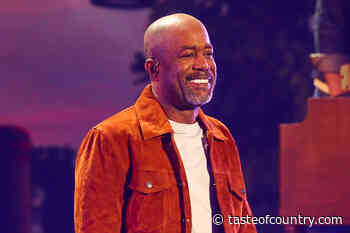 Darius Rucker Buys Breakfast for Everyone at Local IHOP