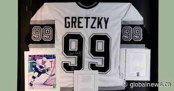 Gretzky memorabilia among items from museum in Niagara Falls up for auction