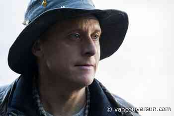 TV premiere: Alan Tudyk stars in the Ladysmith-shot series Resident Alien