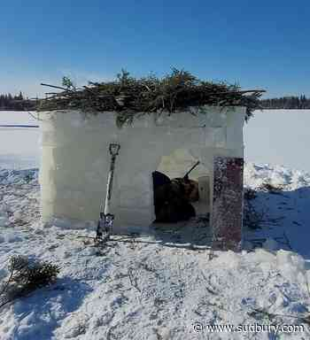 VIDEO: How to build an Ontario ice hut with a chainsaw (3 photos)