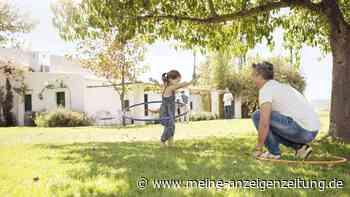 Fitness während des Corona-Lockdown: So purzeln dank Hula-Hoop die Pfunde
