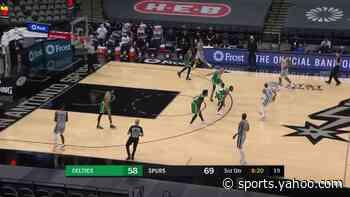 LaMarcus Aldridge with a dunk vs the Boston Celtics