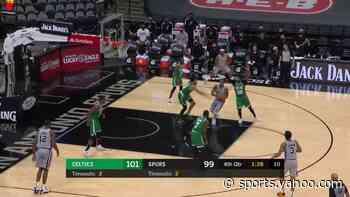 Keldon Johnson with a dunk vs the Boston Celtics