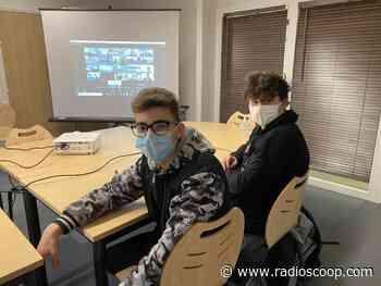 Ecully : des élèves participent à un débat avec Yann Arthus-Bertrand - Radio Scoop