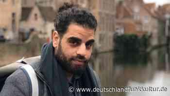 """Dichter Ahmad Katlesh - """"Ich möchte Literatur zu den Leuten bringen"""" - Deutschlandfunk Kultur"""