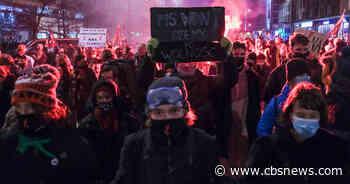 Massive protests as Poland bans virtually all abortions