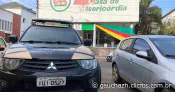 Servidores aprovam greve na Santa Casa de Misericórdia de Santana do Livramento - GauchaZH