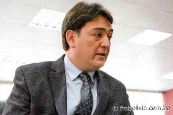 José María Cabrera baja su candidatura por la gobernación cruceña y pide al resto de los aspirantes imitar su ejemplo - Radio FmBolivia