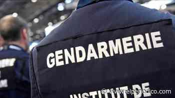 Al ritmo de la 'Macarena', una treintena de policías protagonizan un guateque en plena pandemia - El Periódico