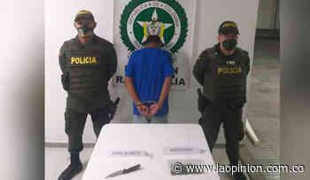 En Ragonvalia, intentó agredir a policías con un cuchillo cuando lo capturaban | La Opinión - La Opinión Cúcuta