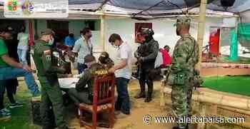 Qué indisciplina, sorprenden a 30 personas en una gallera en el Carmen de Viboral, Antioquia - Alerta Paisa