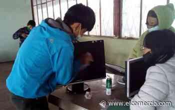 15 jóvenes de la zona rural de Píllaro se especializan como técnico en reparación de computadoras - El Comercio (Ecuador)