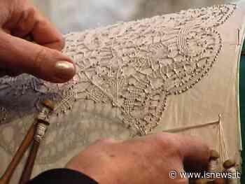 Eccellenze molisane, premiata l'antica arte del tombolo di Isernia - isnews