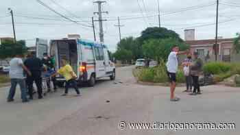 Bº Villa del Carmen: grave choque de un auto y una moto dejó a una mujer herida - Diario Panorama de Santiago del Estero