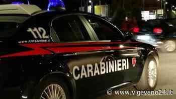 Casteggio: sorpresi a spacciare in auto, fuggono all'alt dei carabinieri. Inseguiti e denunciati due uomini - Vigevano24.it
