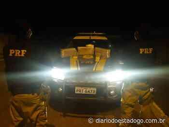 PRF flagra passageiros de ônibus com drogas na BR-153, em Porangatu - Diário do Estado
