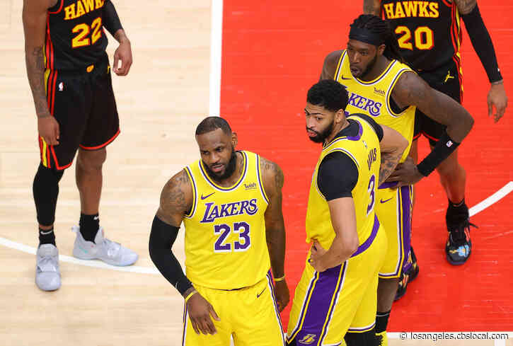 'Courtside Karen' Removed From Lakers, Hawks Game After Heckling LeBron James