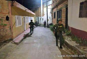 Puesto de Policía de El Tarra fue atacado con fusil - RCN Radio