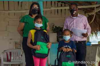 Kits escolares para 150 niños de El Caimito - Listín Diario