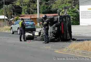 Vuelco de pick up deja un herido en Bejuco - Día a día