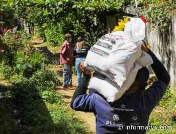 Entregan paquetes alimentarios a familias de Sonzacate en el departamento de Sonsonate - InformaTVX - Noticias El Salvador