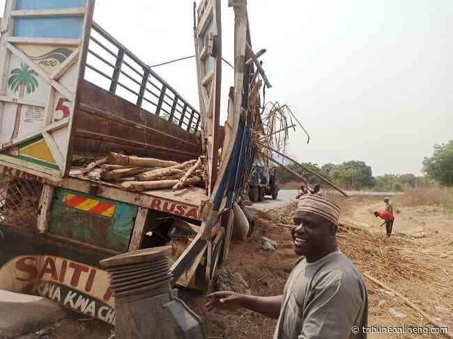 Four die, 43 injured in Oyo-Ogbomoso road crash - NIGERIAN TRIBUNE