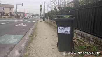 Eboueur blessé par balle à Eysines : des habitants affichent des messages de soutien sur leurs poubelles - France Bleu