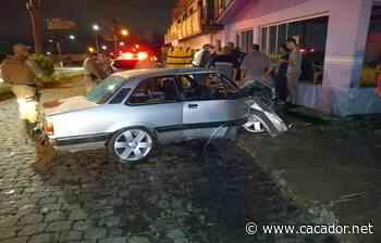 Fraiburgo: Motorista perde controle de Chevette e bate em lanchonete - Caçador Online