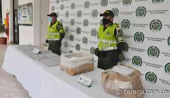 La policía incautó más de 150 barras de indugel y capturó a dos personas - Caracol Radio