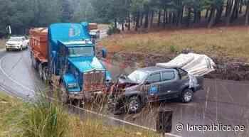 Cajamarca: camioneta de gobierno regional choca con trailer en carretera a Bambamarca   noticia   Chota   lrnd - LaRepública.pe